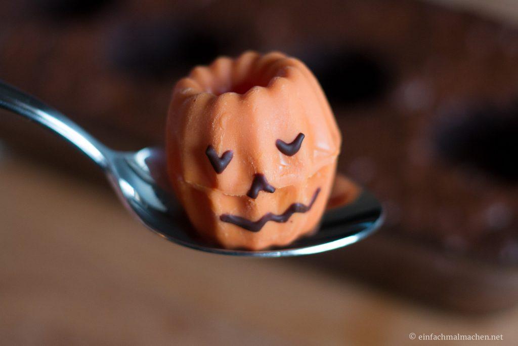 leuchtende-halloween-ku%cc%88rbisse-10